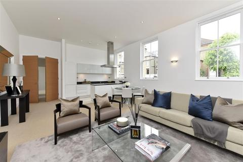 3 bedroom terraced house for sale - Alexandra Avenue, SW11