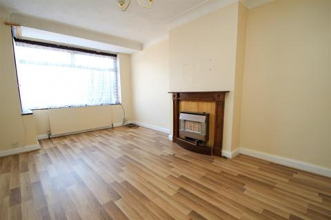 3 bedroom house to rent - Victory Road, Rainham, RM13