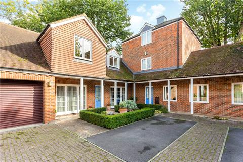 3 bedroom terraced house for sale - Albion Place, Winchester, Hampshire, SO23