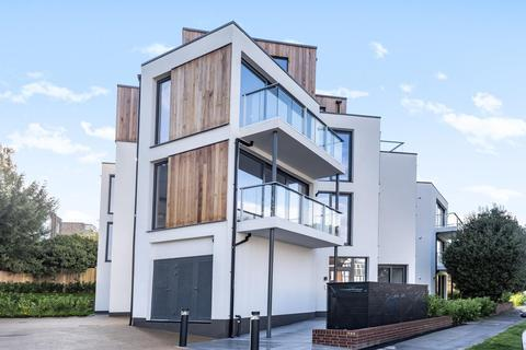 3 bedroom flat for sale - The Albemarle, Albemarle Road, Beckenham
