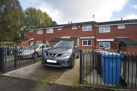 3 bedroom terraced house to rent - Burland Close, Salford, M7 2YW