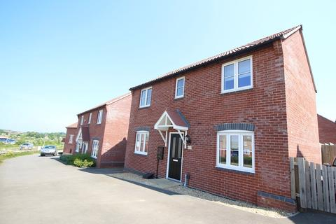 3 bedroom detached house to rent - Alnwick Way, Grantham