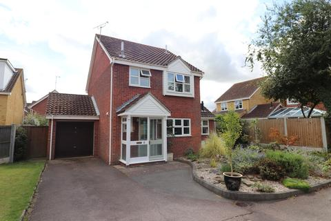 3 bedroom detached house to rent - Hemmings Court, Maldon