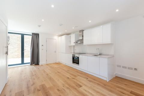 2 bedroom apartment to rent - Alfred Road, London