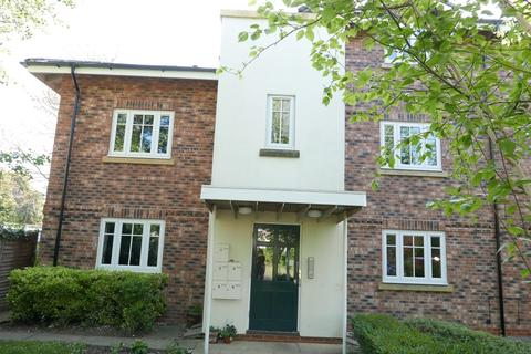2 bedroom flat to rent - Beverly House, Main Street