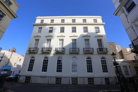 2 bedroom flat to rent - Cavendish Place, Brighton