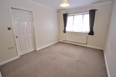 2 bedroom flat to rent - Lilla Court, Crosby Street, Darlington