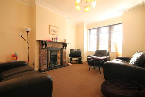 5 bedroom terraced house to rent - Hyde Terrace, Gosforth