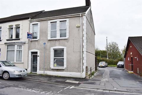 3 bedroom end of terrace house for sale - Ysgol Street, Port Tennant