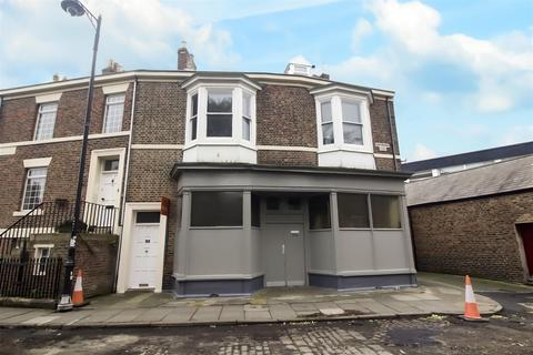 3 bedroom maisonette for sale - Huntingdon Place, Tynemouth