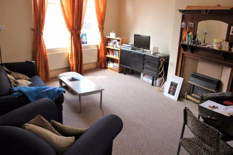 2 bedroom apartment to rent - Otley Rd, Headingley, LS6 4DL