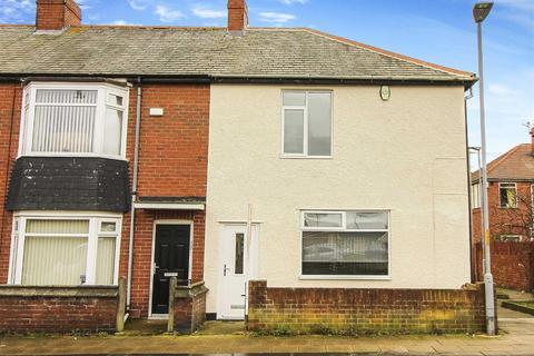 3 bedroom terraced house to rent - Disraeli Street, Blyth