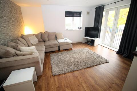 2 bedroom apartment to rent - Martinet Road, Thornaby
