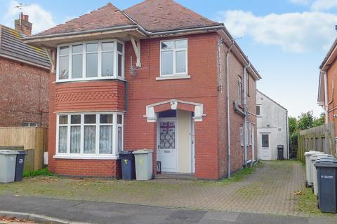 3 bedroom block of apartments for sale - Lawn Avenue, Skegness, PE25 3QD