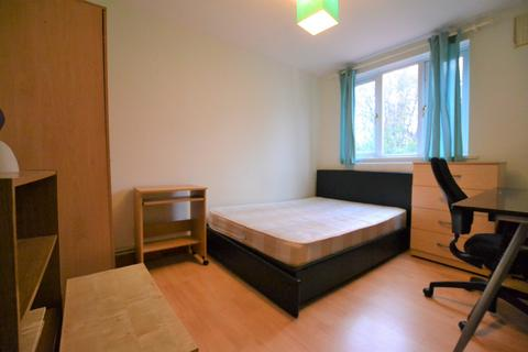 5 bedroom house share to rent - Double Room, Manchester Road, Isle of Dogs, E14