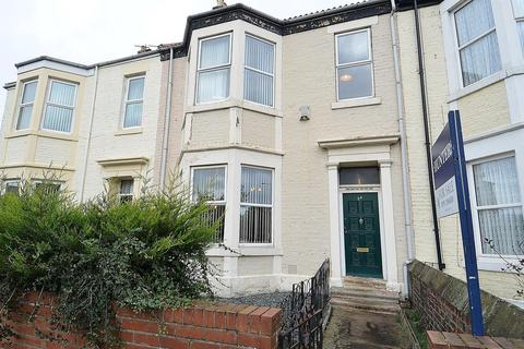 3 bedroom terraced house for sale - Lovaine Place, North Shields, NE29 0BS