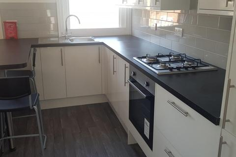 5 bedroom end of terrace house to rent - Eastern Road, BRIGHTON BN2