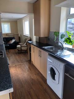 4 bedroom semi-detached house to rent - Alverstone Road, Withington
