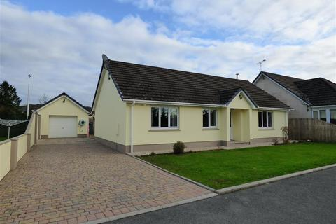 3 bedroom bungalow for sale - Parc Y Deri, Station Road, Clunderwen