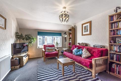 2 bedroom flat for sale - Burford Road, London, SE6 4DE