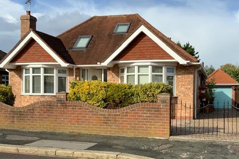 3 bedroom detached bungalow for sale - Bersted Bognor Regis