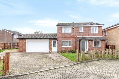 4 bedroom detached house for sale - Tayfield Close, Ickenham, Uxbridge, Middlesex, UB10