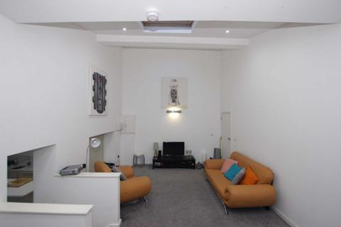 2 bedroom apartment to rent - Simmonds Street, Reading