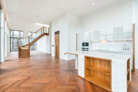 3 bedroom flat for sale - Embassy Gardens, Capital Building, New union square, London SW11