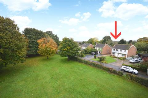3 bedroom semi-detached house for sale - The Ridge, Kennington, Ashford, Kent, TN24