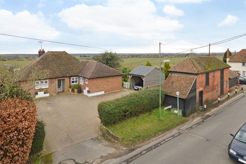 4 bedroom detached house for sale - Bower Road, Mesham, Ashford, Kent, TN25