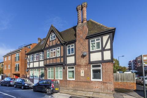2 bedroom apartment to rent - Cliffton Way, Peckham, London, SE15