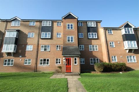 2 bedroom flat for sale - Fisher Close, EN3