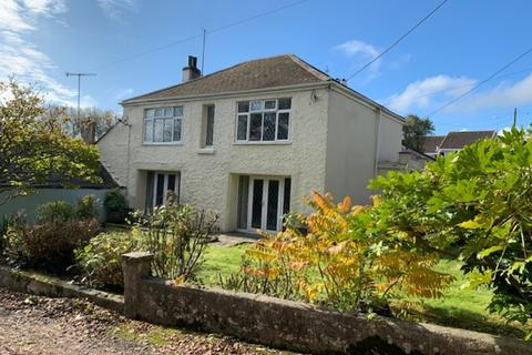 4 bedroom semi-detached house to rent - The Nurseries - Falmouth