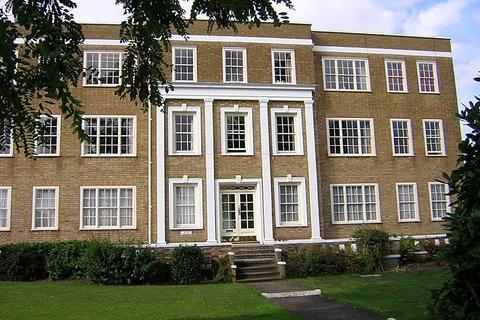 2 bedroom flat to rent - Parkside, Vanbrugh Fields, SE3