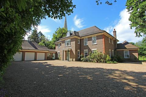 7 bedroom detached house to rent - Kingswood, Tadworth