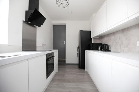 4 bedroom maisonette to rent - Whitefield Terrace, Heaton, Newcastle Upon Tyne
