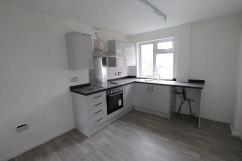 3 bedroom semi-detached house to rent - Twelfth Avenue, Liversedge