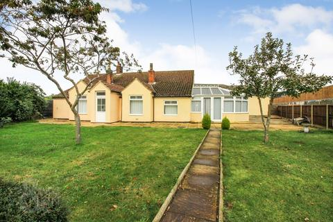 3 bedroom detached bungalow for sale - Griston Road, Watton, Thetford