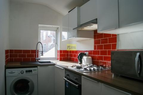 5 bedroom flat to rent - Dawlish Rd, Selly Oak - student property