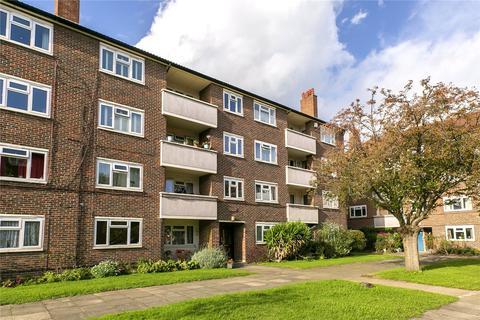 3 bedroom apartment for sale - Brick Farm Close, Kew, Surrey, TW9