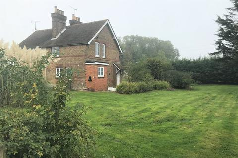 3 bedroom semi-detached house to rent - Linton Hill, Maidstone