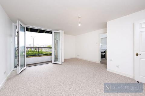 2 bedroom apartment for sale - Felixstowe Court, Galleons Lock, E16