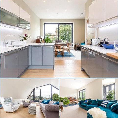 3 bedroom semi-detached house for sale - Josephine Avenue, Brixton, London, SW2