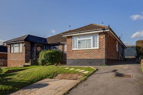 3 bedroom semi-detached bungalow for sale - Taylors Road, Chesham