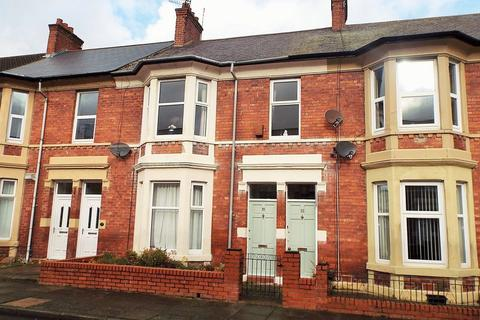 3 bedroom apartment to rent - Belford Terrace, North Shields