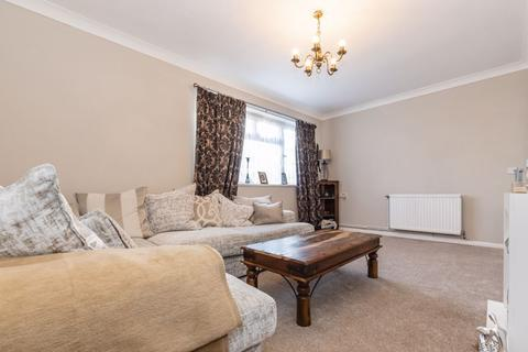 2 bedroom apartment for sale - Bluebell Avenue, Dogsthorpe, PE1 3XR