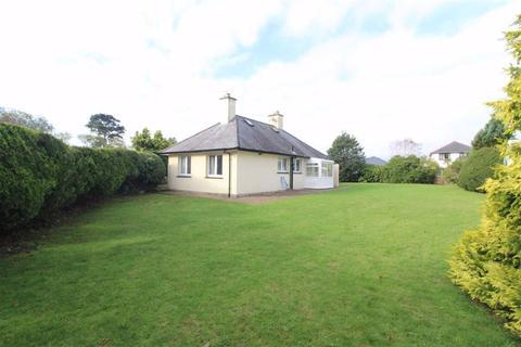 3 bedroom detached bungalow for sale - Y Ffridd, Morfa Bychan