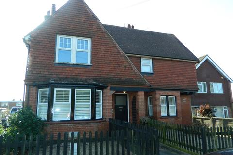 2 bedroom flat to rent - Terminus Avenue, Bexhill-on-Sea, TN39