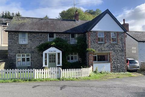 5 bedroom property with land for sale - Pennant, Llanon, Ceredigion