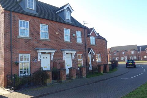 3 bedroom townhouse to rent - Woodrow Place, Spalding, Lincs PE11 1BF